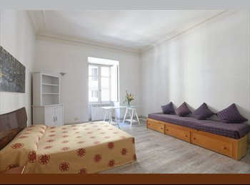 THREE BIG ROOMS TO RENT IN THE VERY CITY CENTER OF ROME