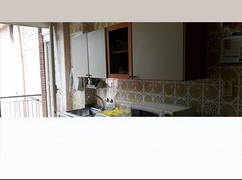 EasyStanza IT - Fittasi stanze Cavalleggeri D'Aosta , Quarto - € 240 al mese