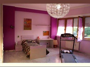 EasyStanza IT - camere singole a 4 km da Università La Sapienza, Tiburtino-Collatino - € 400 al mese