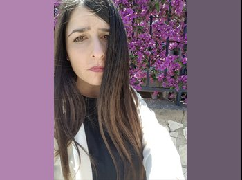 Doriana - 22 - Studente