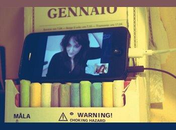 EasyStanza IT - Alessandra - 21 - Pescara
