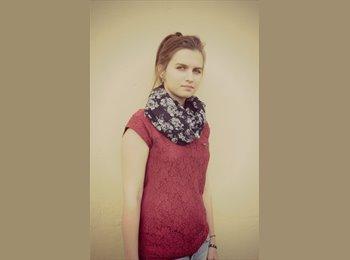 Denisa Juristova - 22 - Studente