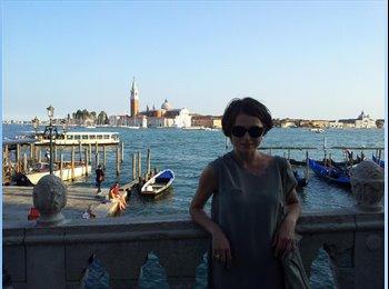 EasyStanza IT - Iuliia - 34 - Venezia