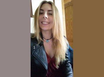 Laura - 19 - Studente