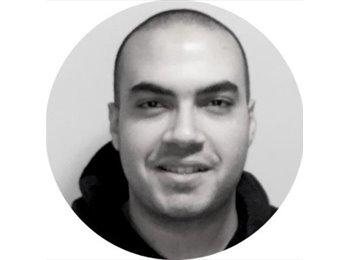 EasyStanza IT - Ahmed Mostafa - 25 - Roma