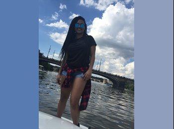 EasyStanza IT - Michelle - 18 - Firenze