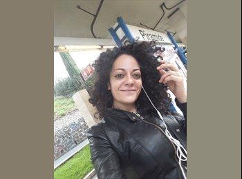 EasyStanza IT - Monica  - 28 - Roma