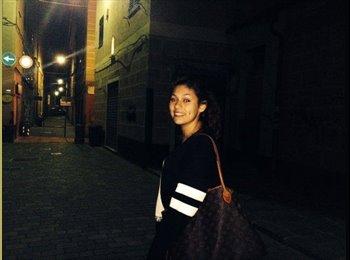 Valeria - 18 - Studente