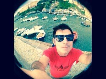EasyStanza IT - Matteo - 31 - Genova