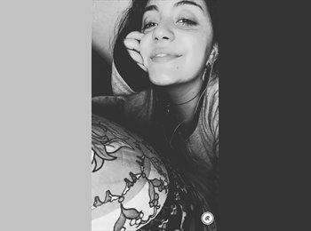 EasyStanza IT - Miriam  - 19 - Catania