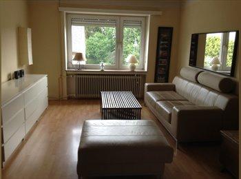 Appartager LU - TRES BELLE CHAMBRE MEUBLEE tout confort pour Fille uniquement - Luxembourg Ville, Luxembourg - 690 € / Mois