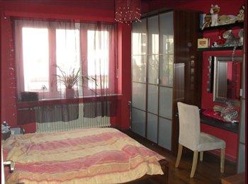 Appartager LU - Chambre meublée dans une rue calme de Luxembourg, Luxembourg - 400 € / Mois
