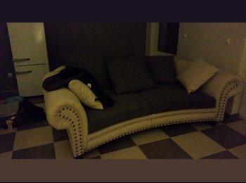 Appartager LU - chambre entierement meublee avec internet, Pétange - 900 € / Mois