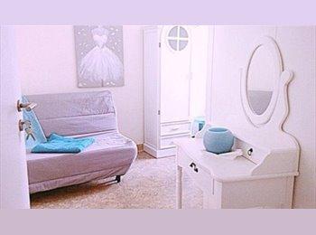 chambre  meublée directement sur Place de Paris