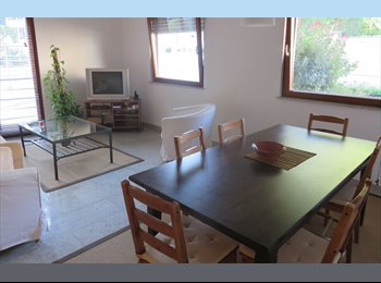 Appartager LU - Lovely apartment in Limpertsberg - Luxembourg Ville, Luxembourg - 725 € / Mois