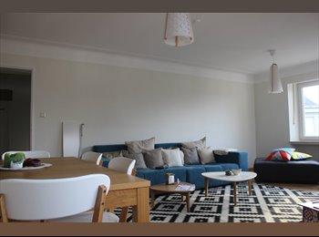 Appartager LU - Chambre pleine de charme dans colocation calme et spacieuse!!!! - Luxembourg Ville, Luxembourg - 850 € / Mois
