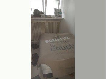 Appartager LU - 1double +1chambre simple  disponible de suite, Luxembourg Ville - 700 € / Mois