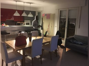 Appartager LU - 2 rooms to let in Hesperange - 6 months , Luxembourg - 800 € / Mois