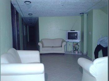 Habitaciones en Casa de Huéspedes para Estudiantes en...