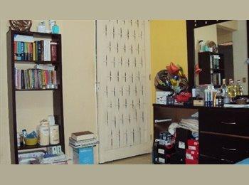 Comparto Casa Condominio dos habitaciones.