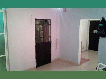 cuarto independiente con baño/cocina propios
