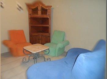 CompartoDepa MX - Se rentan habitaciones amuebladas frente al ITESM, Puebla - MX$3,000 por mes
