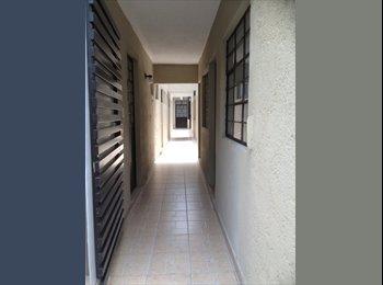 CompartoDepa MX - CUARTOS CÉNTRICOS EN QUERÉTARO - Delegación Centro Histórico, Querétaro - MX$2,100 por mes