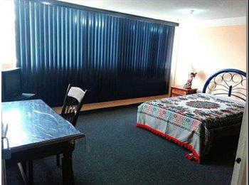 CompartoDepa MX - RENTO HABITACION EN COLONIA LA PAZ - La Paz, Puebla - MX$3,000 por mes