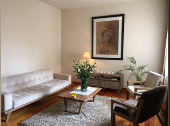 Habitación disponible en la Condesa