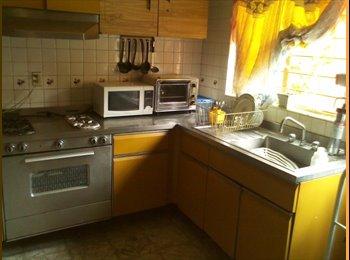 Se rentan habitaciones en  Coapa