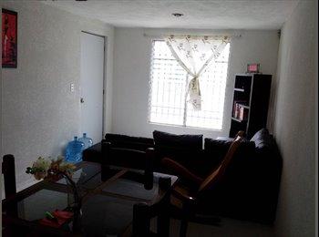 Renta habitacion de mi depa, solo a chavos.