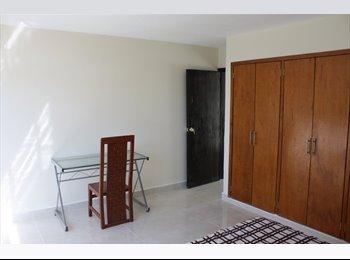 CompartoDepa MX - Casa cerca de cucsh, cucea, cuad, cucs, cucei, Guadalajara - MX$3,300 por mes