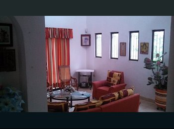 CompartoDepa MX - RENTO HABITACION EN CASA GRAND CHUBURNA - Mérida, Mérida - MX$2,500 por mes