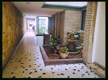 CompartoDepa MX - BUSCO ROOMIE CHICA EN LA COL. DEL VALLE, Mazatlán - MX$6,000 por mes