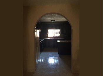 CompartoDepa MX - Se busca roomie para compartir casa cerca del Tec - Tecnológico, Monterrey - MX$4,000 por mes