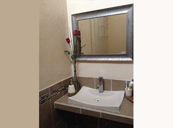 Rento habitacion amueblada con servicios incluidos