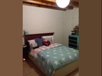 CompartoDepa MX - Busco roomie/ departamento en Valle del Campestre - León, León - MX$1,700 por mes
