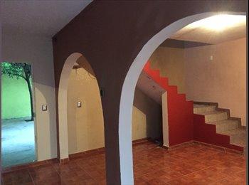 CompartoDepa MX - Amplia Casa Centrica - Delegación Felipe Carrillo Puerto, Querétaro - MX$3,750 por mes