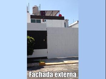 CompartoDepa MX - HABITACIONES AMUEBLADAS PARA SEÑORITAS - La Paz, Puebla - MX$3,000 por mes