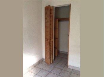 CompartoDepa MX - Comparto casa (habitación para mujer) - León, León - MX$1,500 por mes
