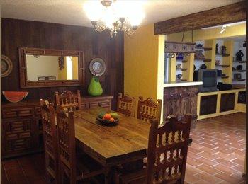 CompartoDepa MX - Recamara principal con baño en casa estilo colonial  - Iztapalapa, DF - MX$4,500 por mes