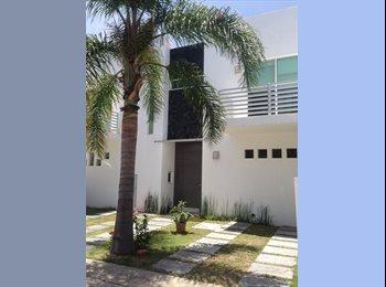 CompartoDepa MX - Se Renta casa cerca del TEC - Otras, Guadalajara - MX$3,333 por mes