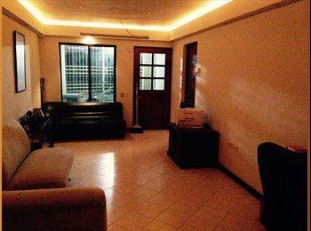 CompartoDepa MX - Buscamos Roomie en TEC - Tecnológico, Monterrey - MX$3,000 por mes