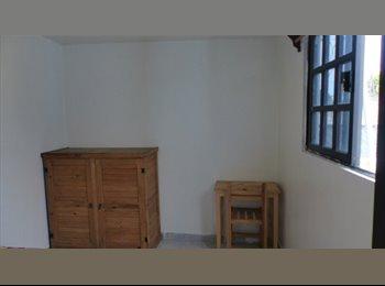 ¡Bonito cuarto amueblado cerca de metro UAM-Iztapalapa!