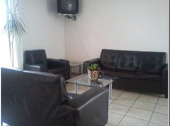 CompartoDepa MX - Habitaciones amuebladas para estudiantes en lomas 3ra seccion - San Luis Potosí, San Luis Potosí - MX$2,500 por mes