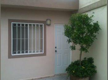 CompartoDepa MX - rento cuarto una sola persona al norte de saltillo - Saltillo, Saltillo - MX$2,200 por mes