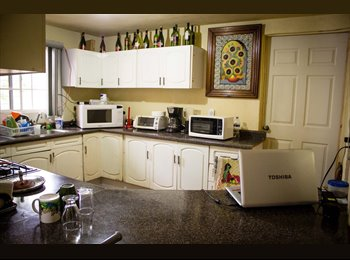 CompartoDepa MX - Habitacion Individual Excellentes servicios para Foràneos o Extranjeros  - Saltillo, Saltillo - MX$2,700 por mes