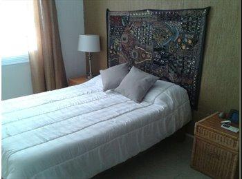 CompartoDepa MX - Bonita habitación en privada con alberca y vigilancia, para mujeres solas estudiantes o profesionist - Playa del Carmen, Cancún - MX$3,500 por mes