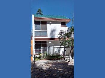 CompartoDepa MX - Casa a 2 cuadras de La Salle - León, León - MX$2,400 por mes