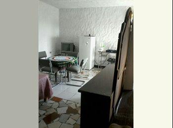 CompartoDepa MX - Se renta cuarto amplio en Irapuato - Guanajuato, Guanajuato - MX$1,900 por mes